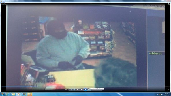 fake beard robbery shell memphis 2